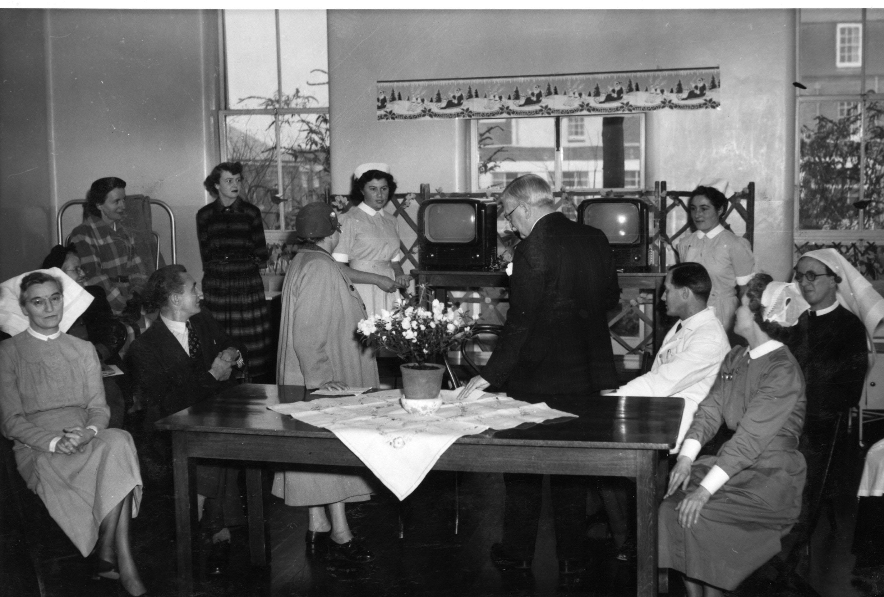 Dartford hospital histories 187 bow arrow gallery